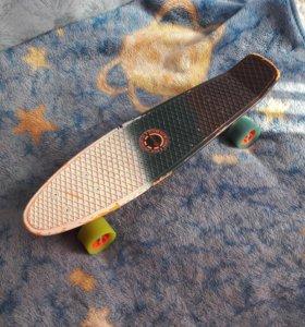 Пласт борд (пластиковый скейт)