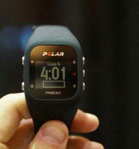 Polar A300 (фитнес часы)