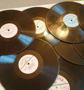Пластинки виниловые 60-е годы