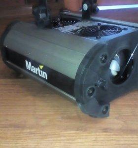 Световой проекционный прибор Martin Mania EF1i