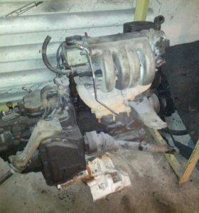 Двигатель 2-х литровый.Фольцваген.