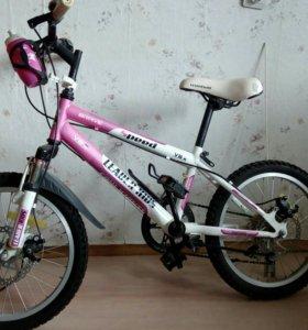 Деткий велосипед Leader Kids V8