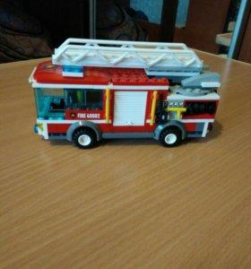 Лего пожарная машина