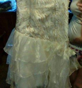 Платье выпускное 42-44