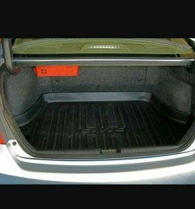"""Коврик для багажника в """"Хонда- Цивик"""""""