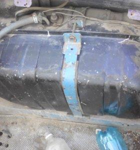 Топливный бак ваз2106