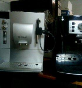 Кофе машина DeLonghi ECAM 22.110В