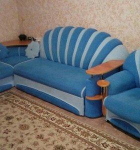 Угловой диван+ кресло