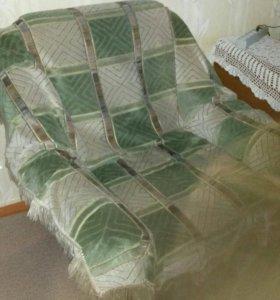 Два больших кресла