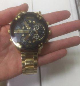 Diesel brave gold edition часы мужские