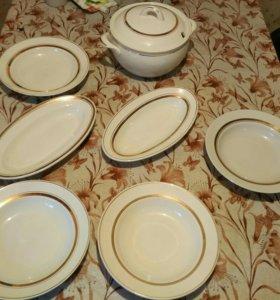 Тарелки, салатник и супница