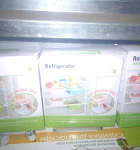 НОВАЯ!Навесная полочка для холодильника SwirlColor