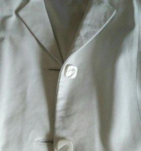 Кожаный белый пиджак