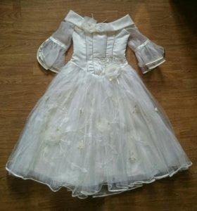 Праздничное бальное платье для выпускного