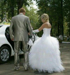 Свадебное платье, перчатки в подарок
