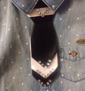 Нарядный галстук на праздник