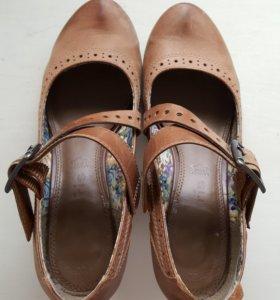 Туфли Tamaris.