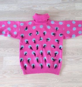 Тёплый свитер в горох