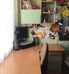 Мебель в комнату (комплект)