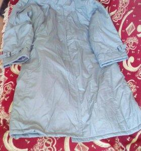 Утепленное плащ-пальто (новое)