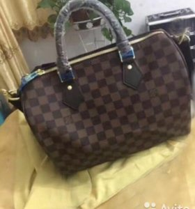 сумка LOUIS VUITTON 31*18 прес.кожа