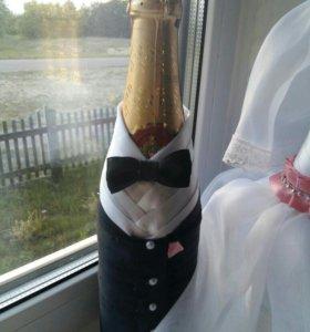 Бутылки на свадьбу. Жених и невеста.