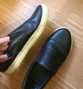 Слипоны, кроссовки
