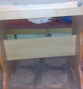 Стол кухонный раскладной б/у