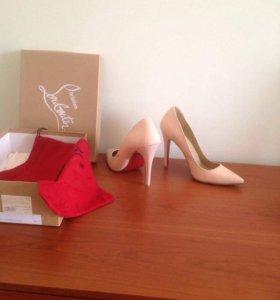 Туфли новые CL новые