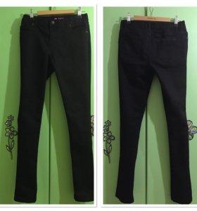 Брюки чёрные джинс