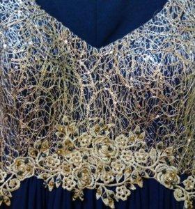 Платье нарядное,размер 46-48
