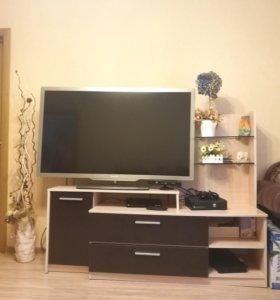 Продам тумбу под телевизор