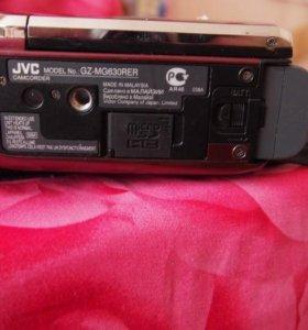 Видеокамера JVC GZ MG630 с сумкой