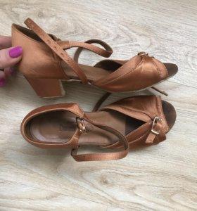 Туфли танцевальные 20см