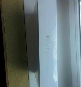 Планшет Apple iPad Pro 12.9 Wi-Fi + Cellular 256GB