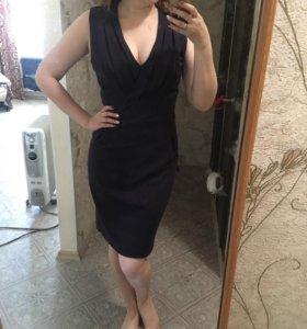 Платье приталенное 44-46