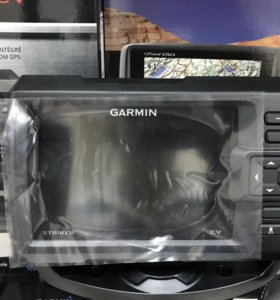 Эхолот Garmin Striker 5CV