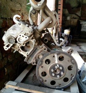 Двигатель тойота раум