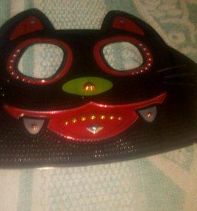 Кошачя маска