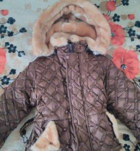 Зимняя куртка и вещи на девочку