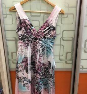 Красивое платье, р-р 42-44