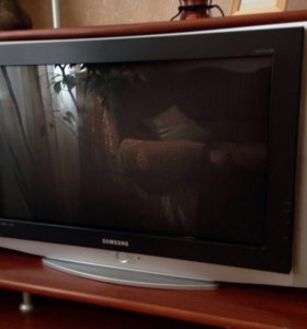 Телевизор (на запчасти)