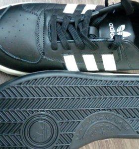 Адидас новые adidas 40,42,45
