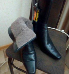 Обувь зимняя новая.