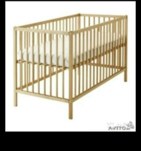 Детская кроватка (икея)