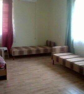 Сдаются комнаты. 300 кв.м на участке 10 соток