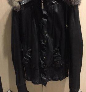 Шикарная кожаная куртка dsguared2.Италия