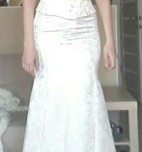 Торжественное вечернее свадебное платье