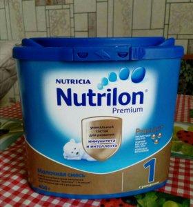 Молочная смесь с рождения