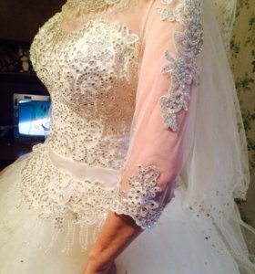 Продам или отдам на прокат! Свадебный платья!